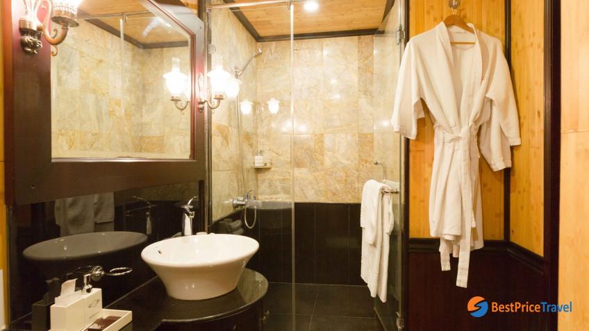 Heritage Line Halong Bay Jasmine Superior Stateroom Bathroom 1