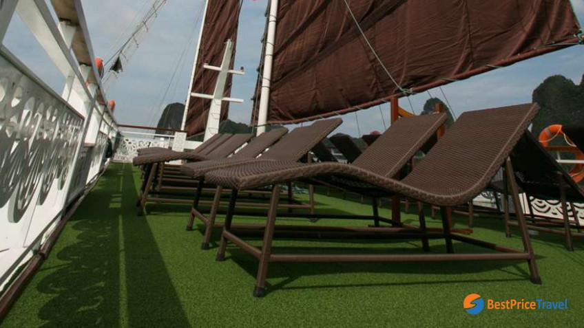 Oriental Sails 10
