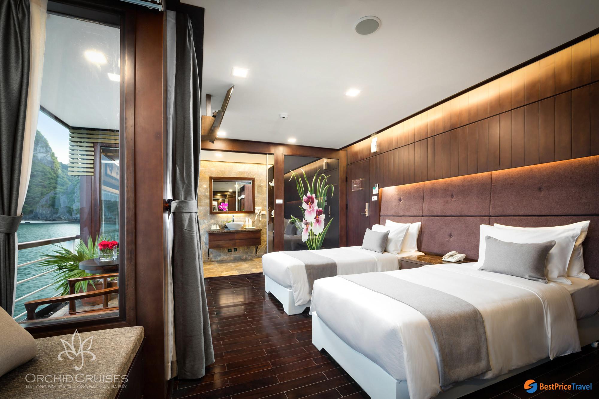 Premium Suite balcony on Orchid Cruise