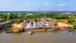 Mang Thit River