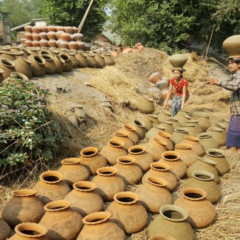 Yandabo Pottery Village