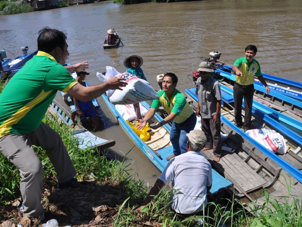 Villagers develop aquaculture industry