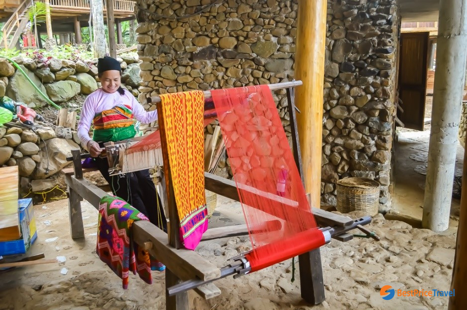 Thai ethnic people making clothes