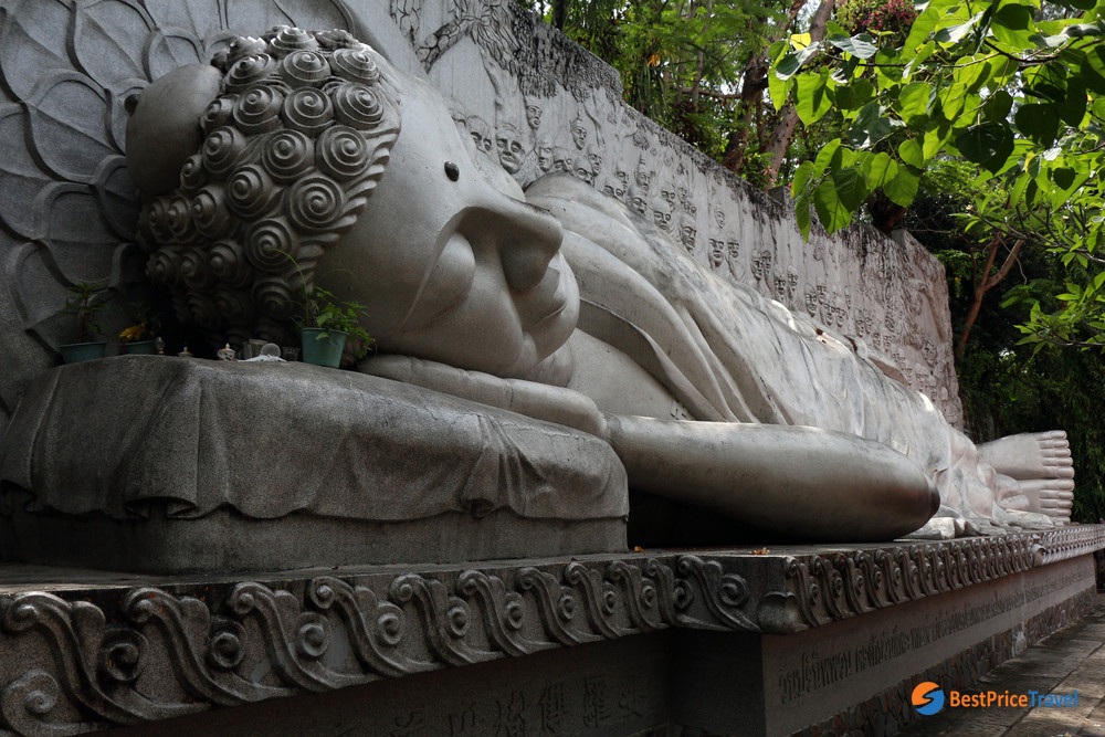 Sleeping Budha