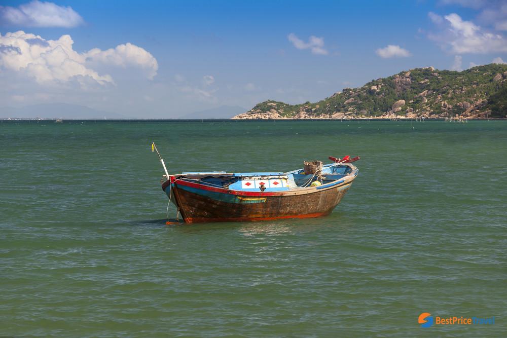 Boat ride in Hon Mun