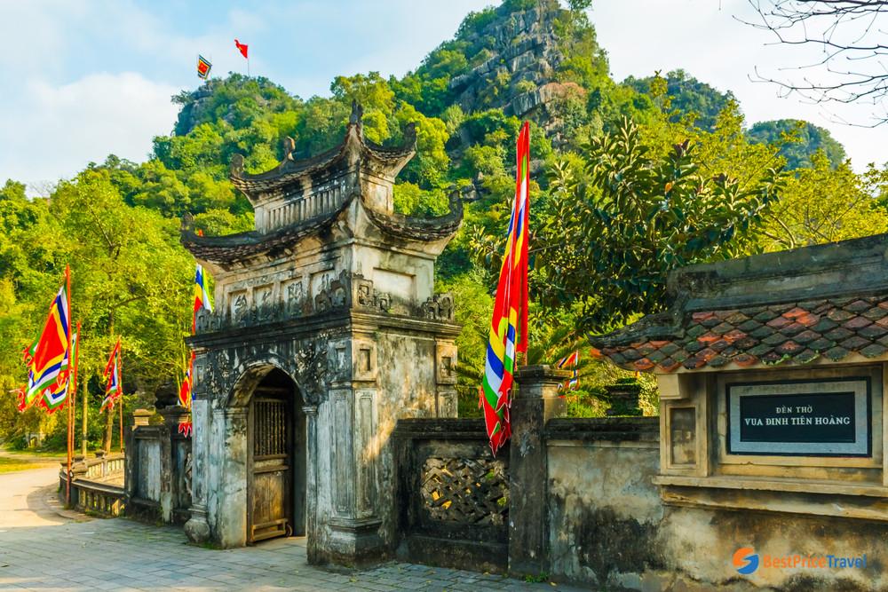 Hoa Lu Ancient Capital in Ninh Binh
