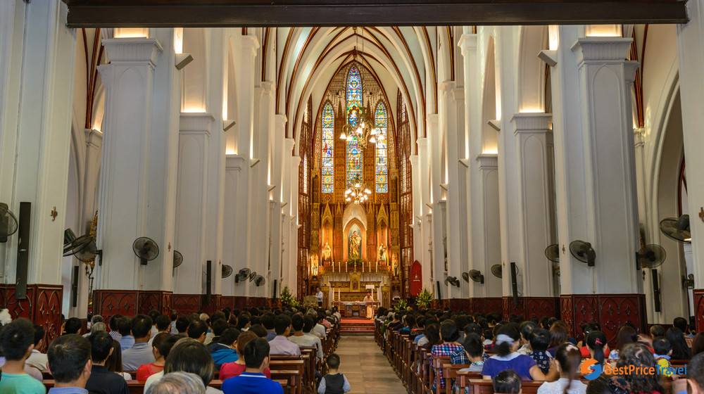St Joseph's Cathedral Inside