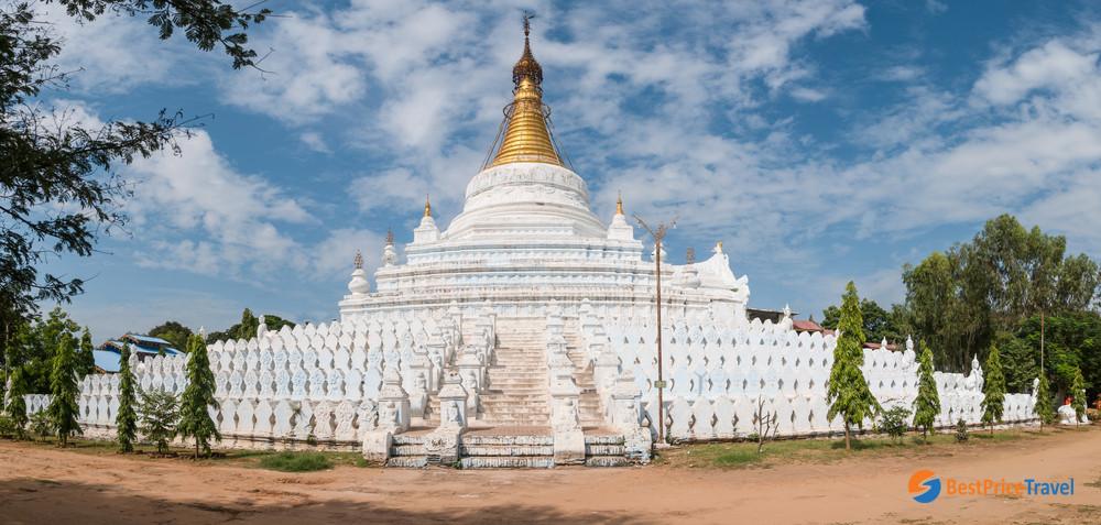 Pagodas in Mandalay