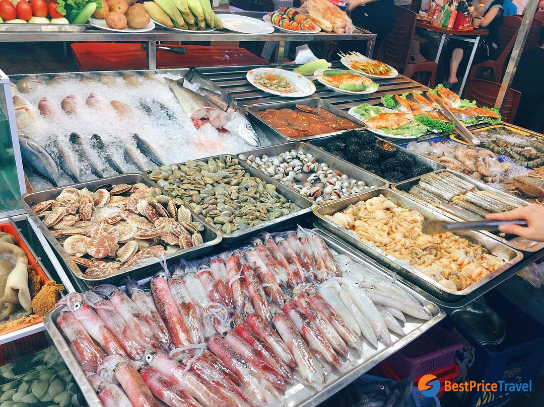 Seafood in Duong Dong Market