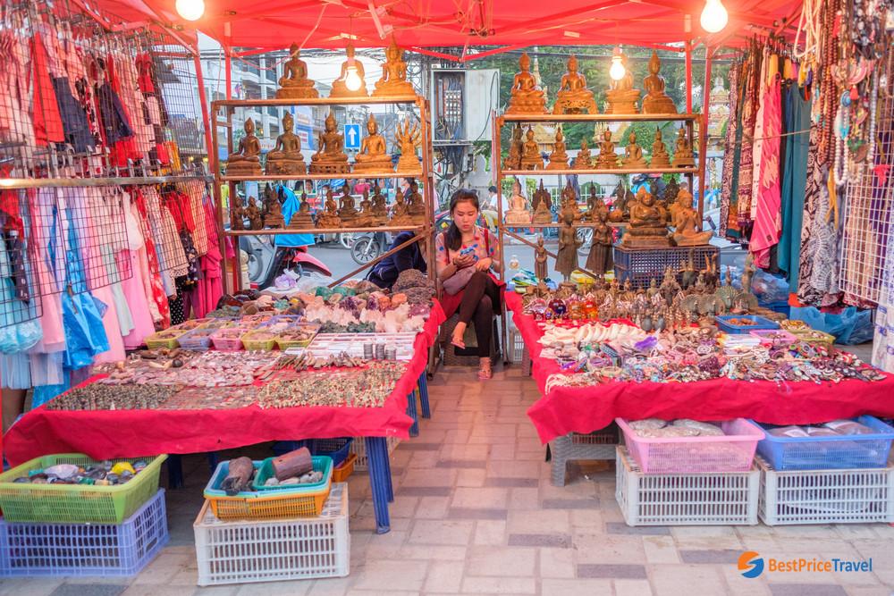 Handicraft stall at the Vientiane night market