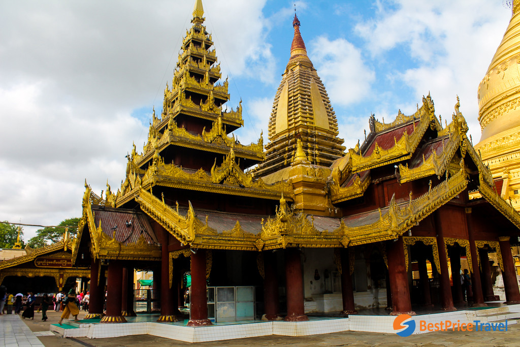 Shwezigon Pagoda in Bagan