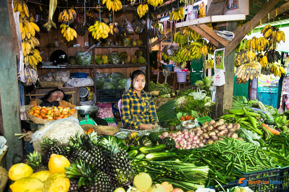 Themarketplace in Kalaw