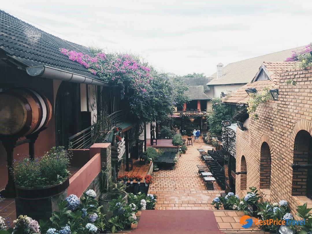 XQ Historical Village