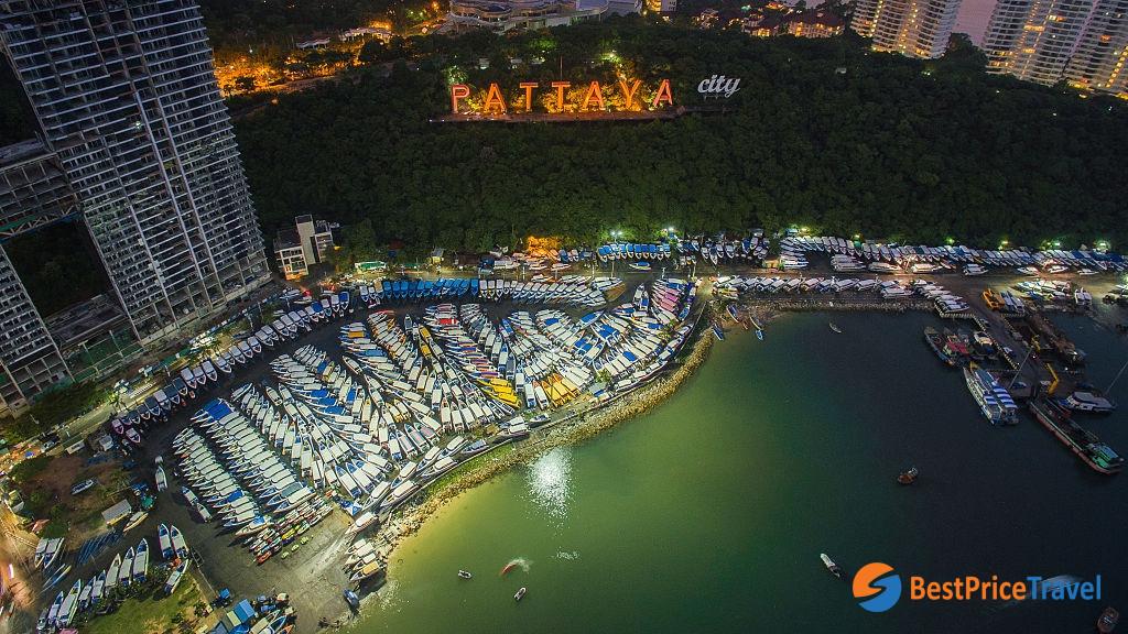 Bird-eye's view of Pattaya at night
