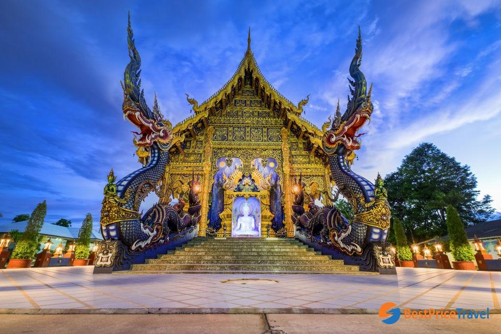 Wat Rong Seua Ten - blue temple in Chiang Rai