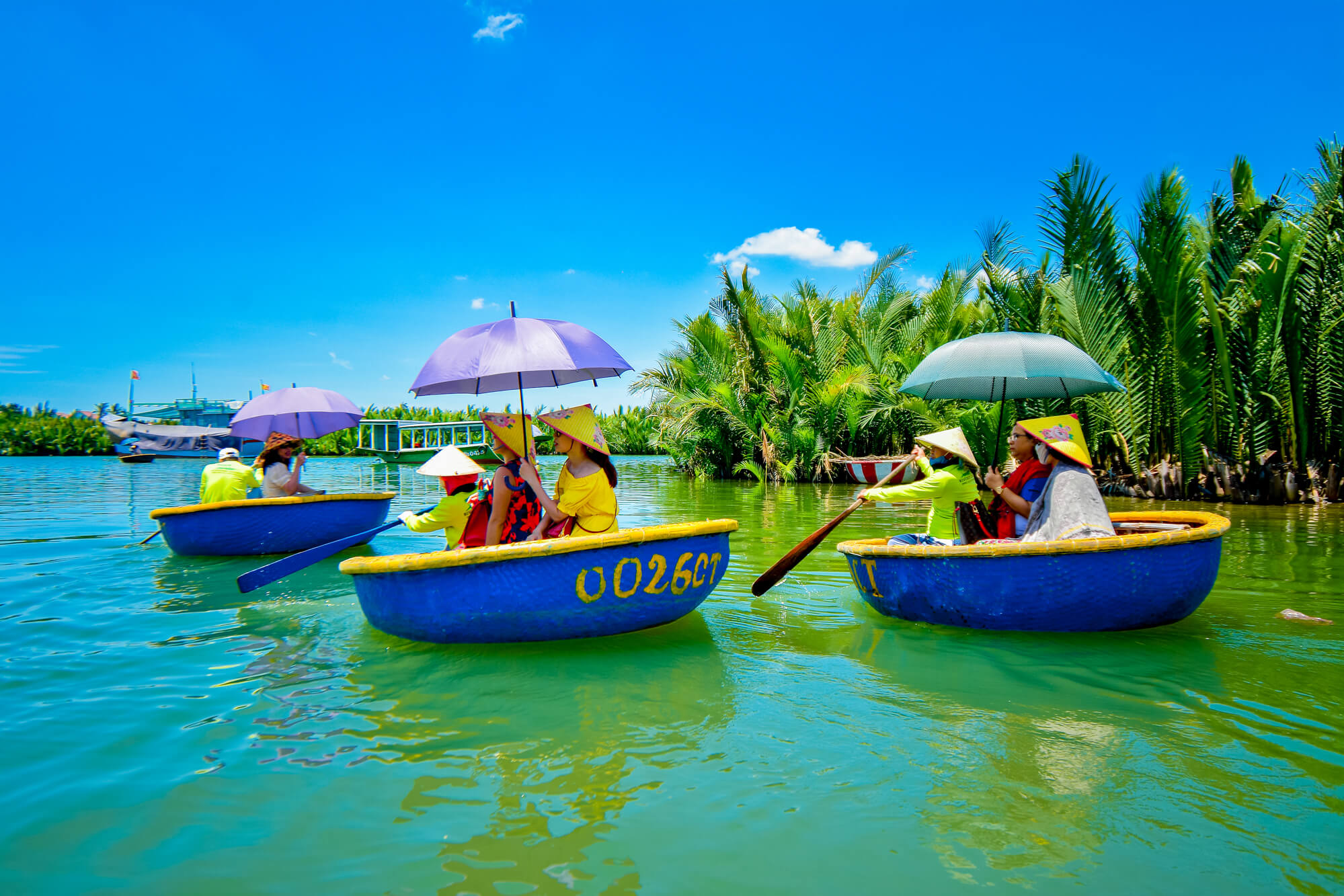 Boat trip to Coconut forest
