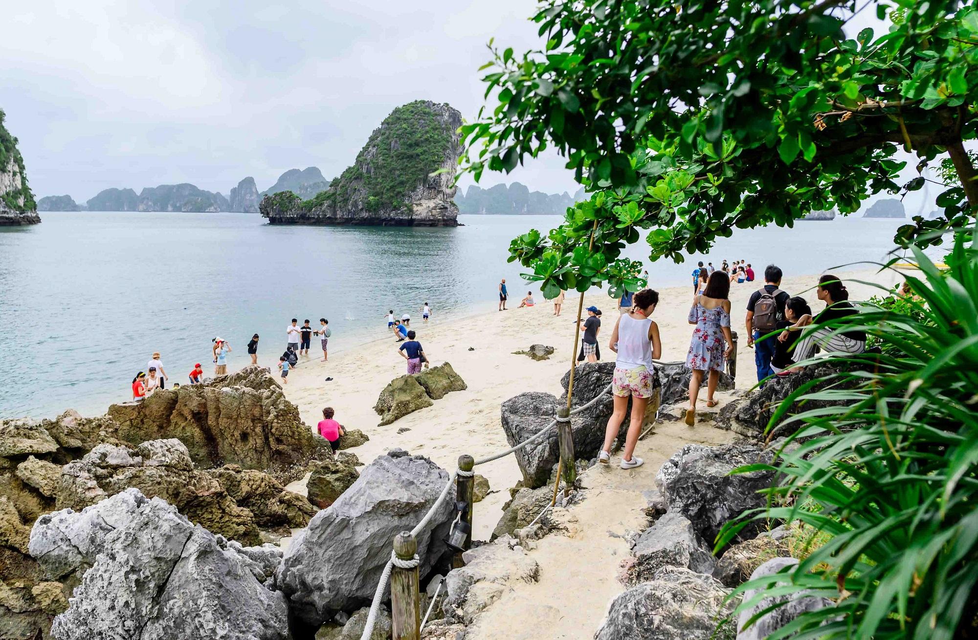 Enjoy Swimming in Titop Island