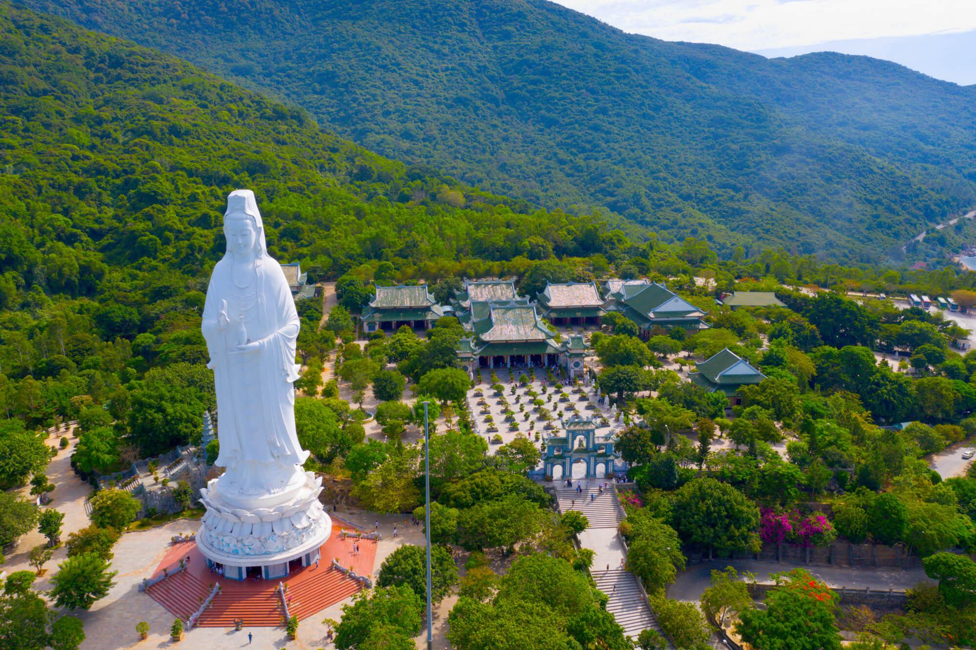 Lady Budha in Linh Ung Pagoda