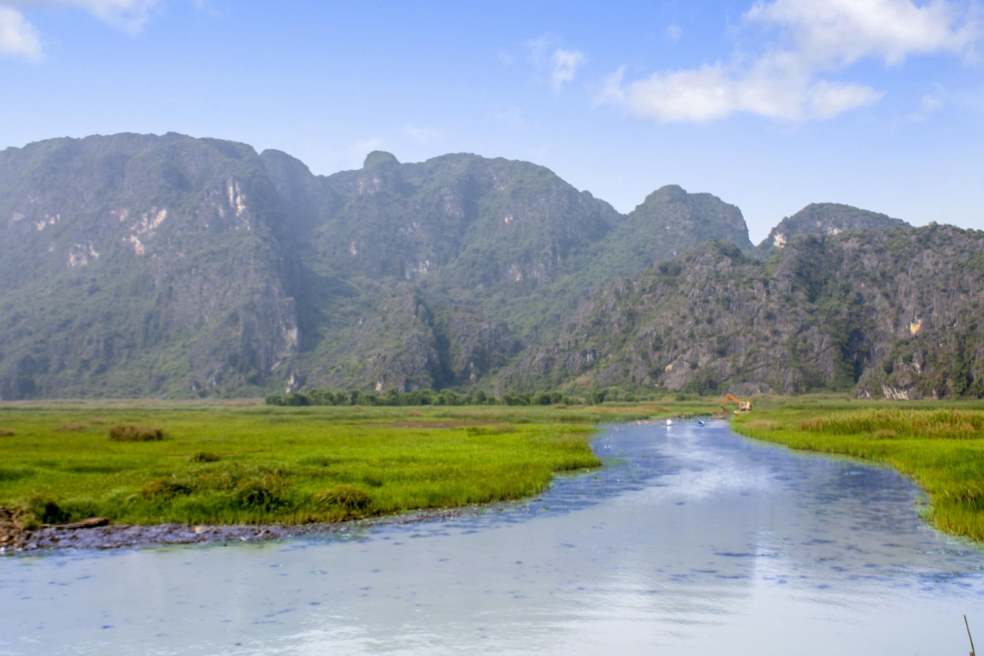 Stunning scene in Van Long