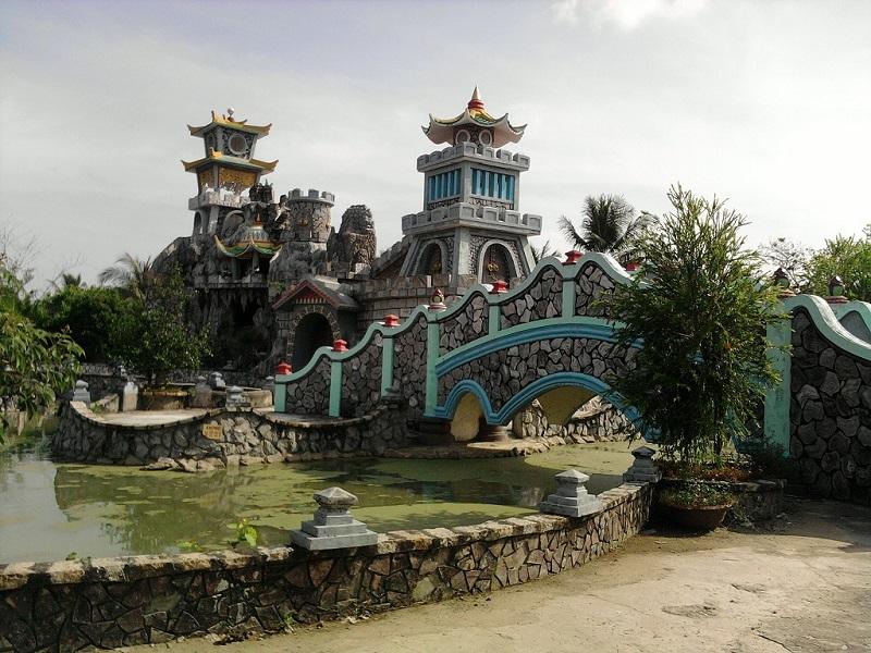 vinh long La Han Pagoda