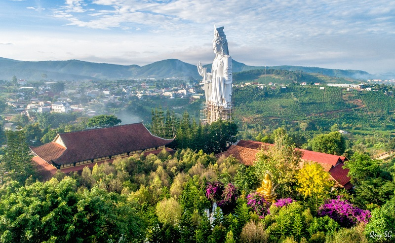 Huge Buddha Statue In Linh An Pagoda