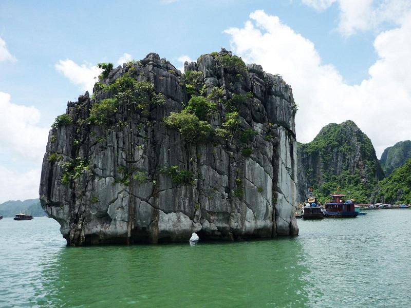 Dinh Huong island