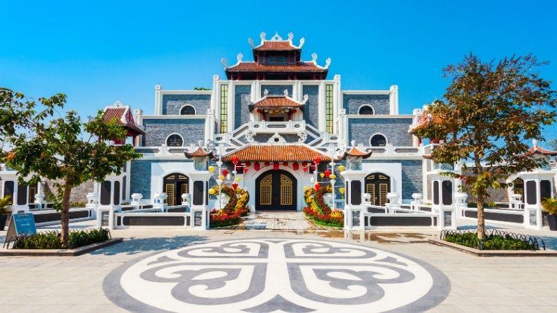 Dragon Park Halong Bay