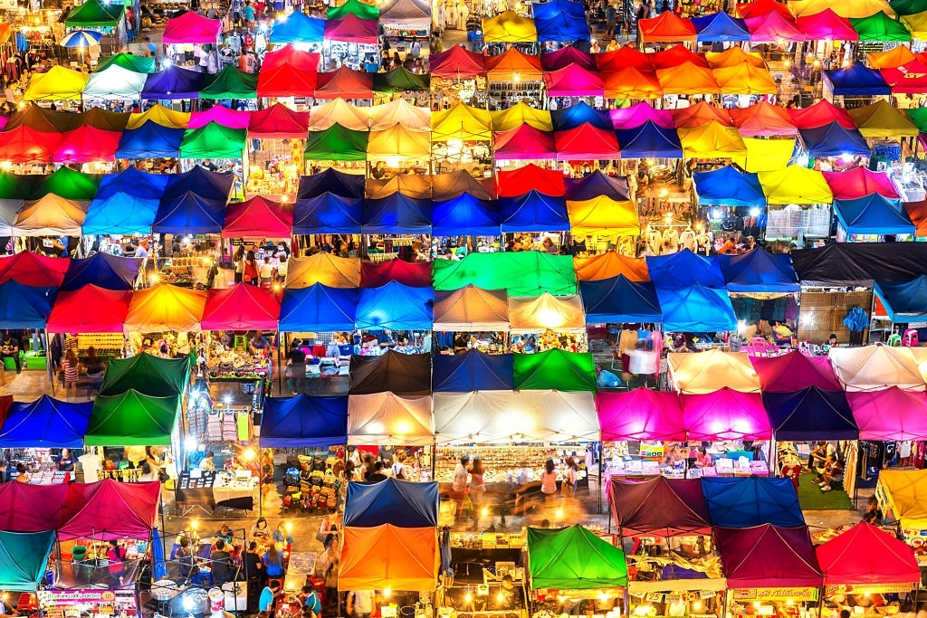 Halong Night Market pictures