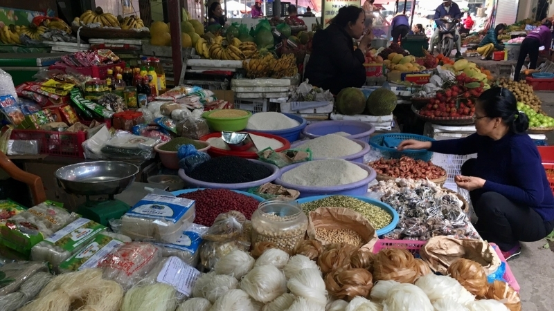 Other products in Cat Ba Market