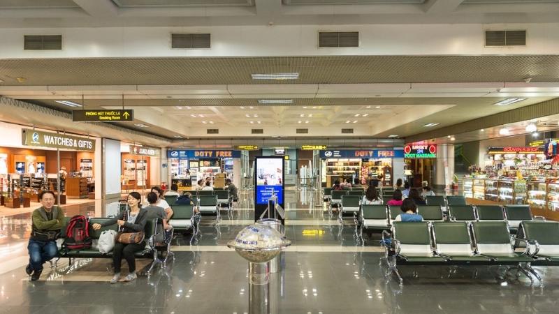 Noi Bai Airport shop