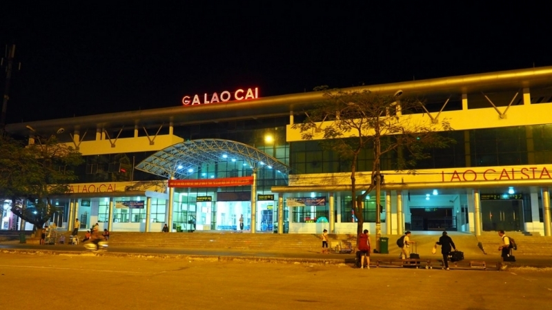 Lao Cai train station at night
