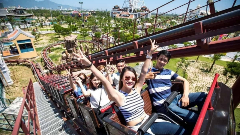 Adventurous ride in Asia Park