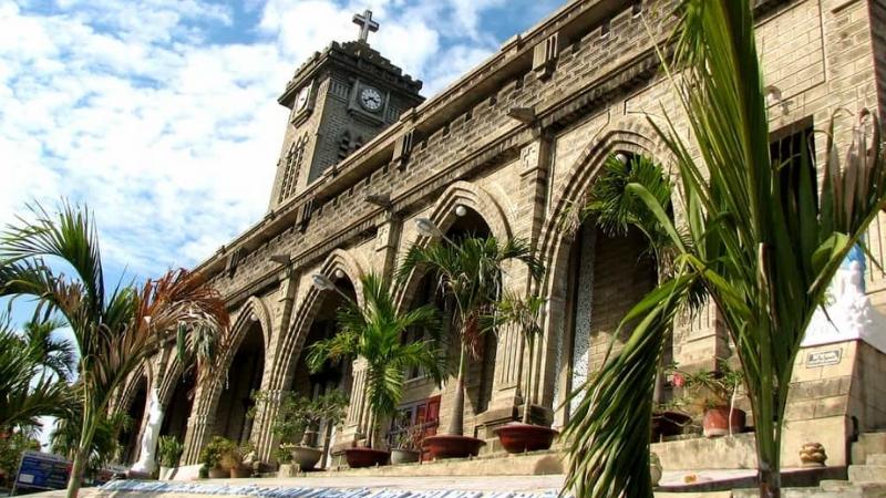 Surround of Nha Trang Cathedral