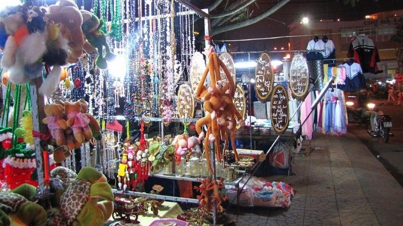 Souvenirs in Da lat nightmarket