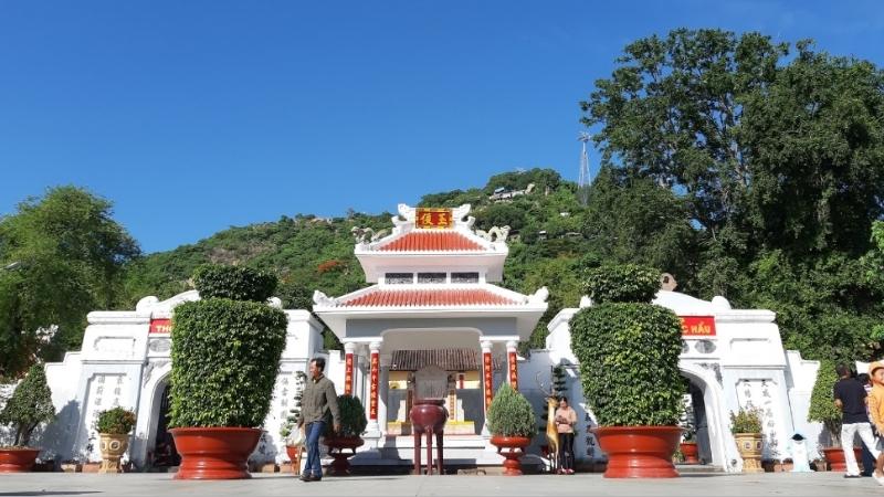 Ngoc Hau Tomb