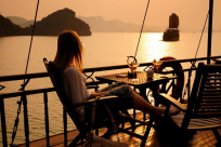 8 Photography Tips to Take the Best Photos in Halong Bay