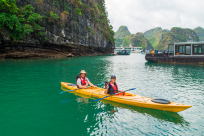Kayaking in Halong Bay: Ultimate Guide for First-Time Travelers