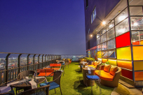 Check out the top 5 bars in Pattaya, Thailand