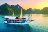 10 Best Halong Bay Tours for Backpackers