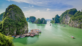 Halong Bay Weather & Temperature: Ultimate Guide 2021