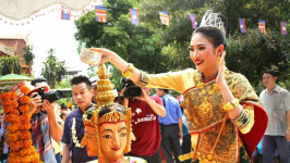 Must-do Activities to Celebrate Boun Pi Mai in Laos