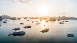 Halong Bay Tourist: Useful Information for First-time Visitors 2021