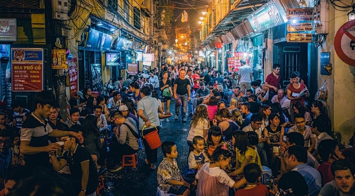Bia Hoi Ta Hien - Ta Hien Beer Street