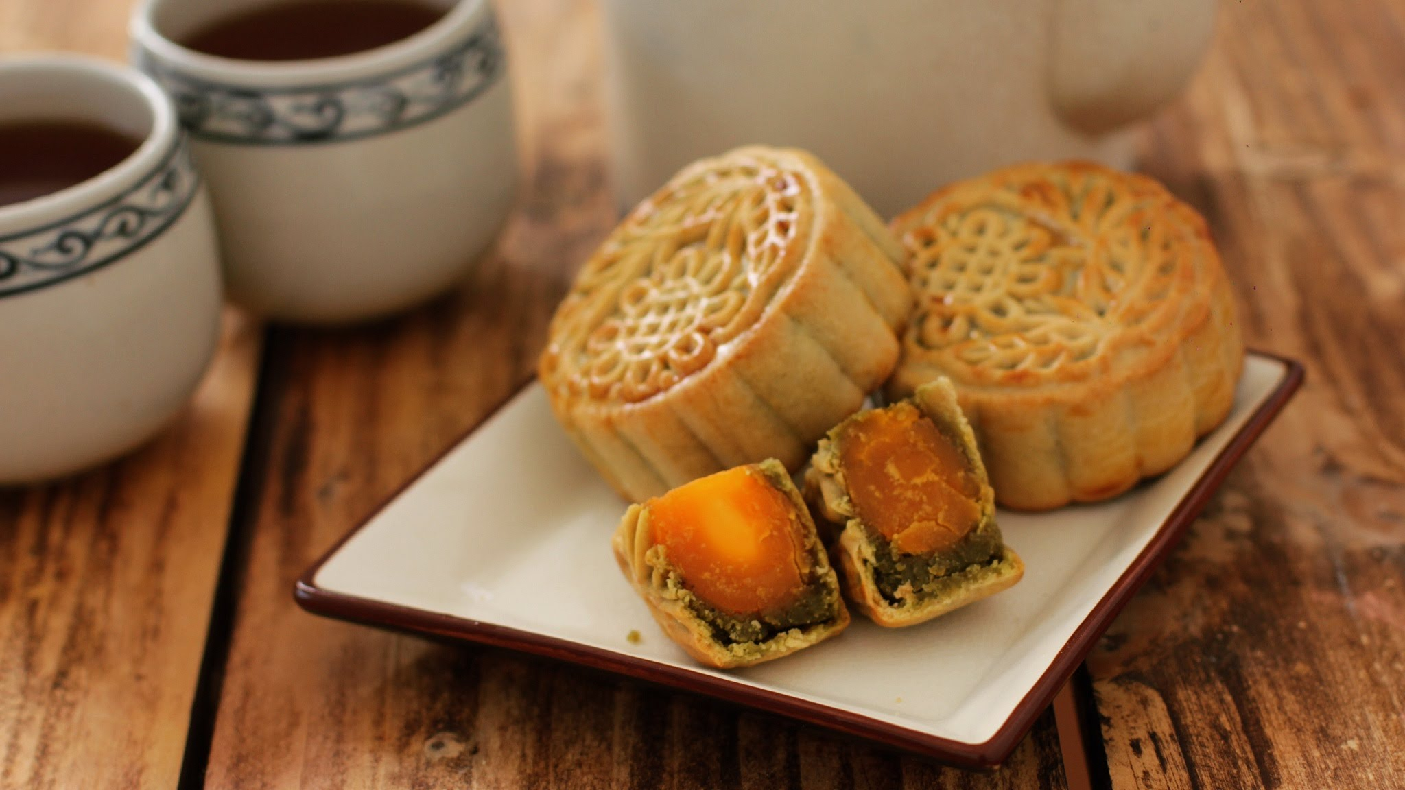 Traditional Moon Cake in Mid-Autumn Festival