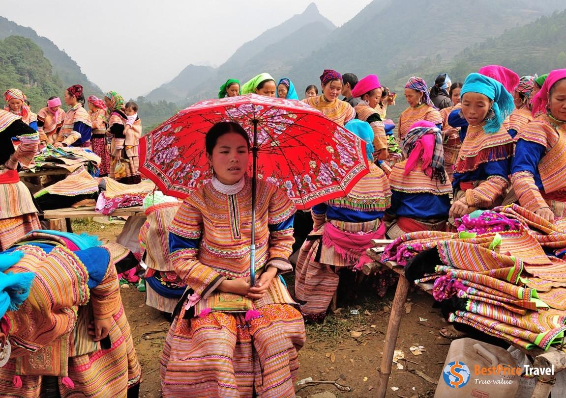Ethnic hill tribe market