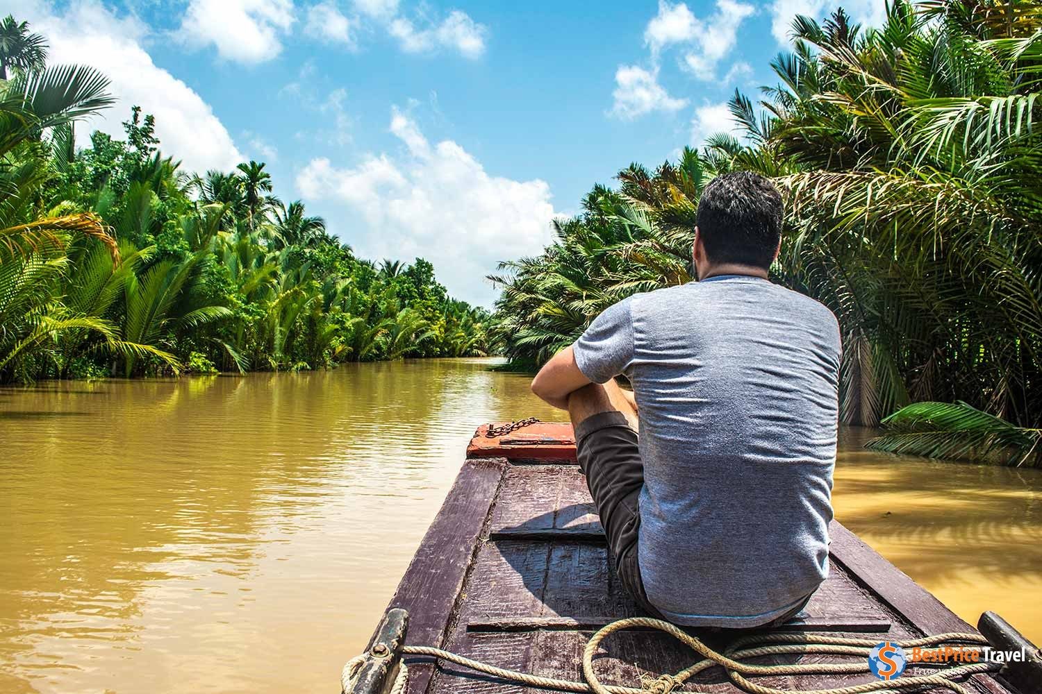Boats are major means of transport in Mekong Delta - Vietnam Boat Trip