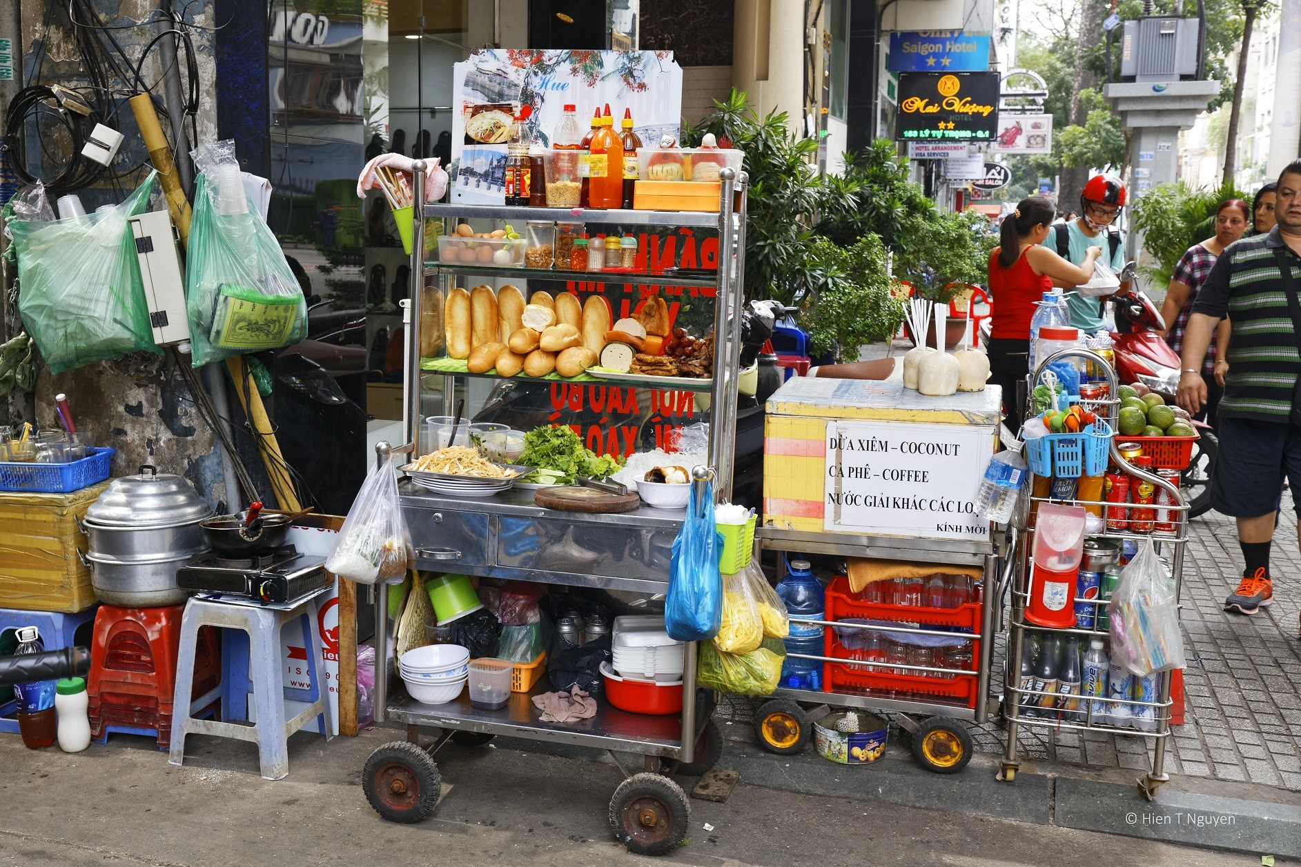 Saigon is known around the world for its amazing street-food - Foodie in Vietnam