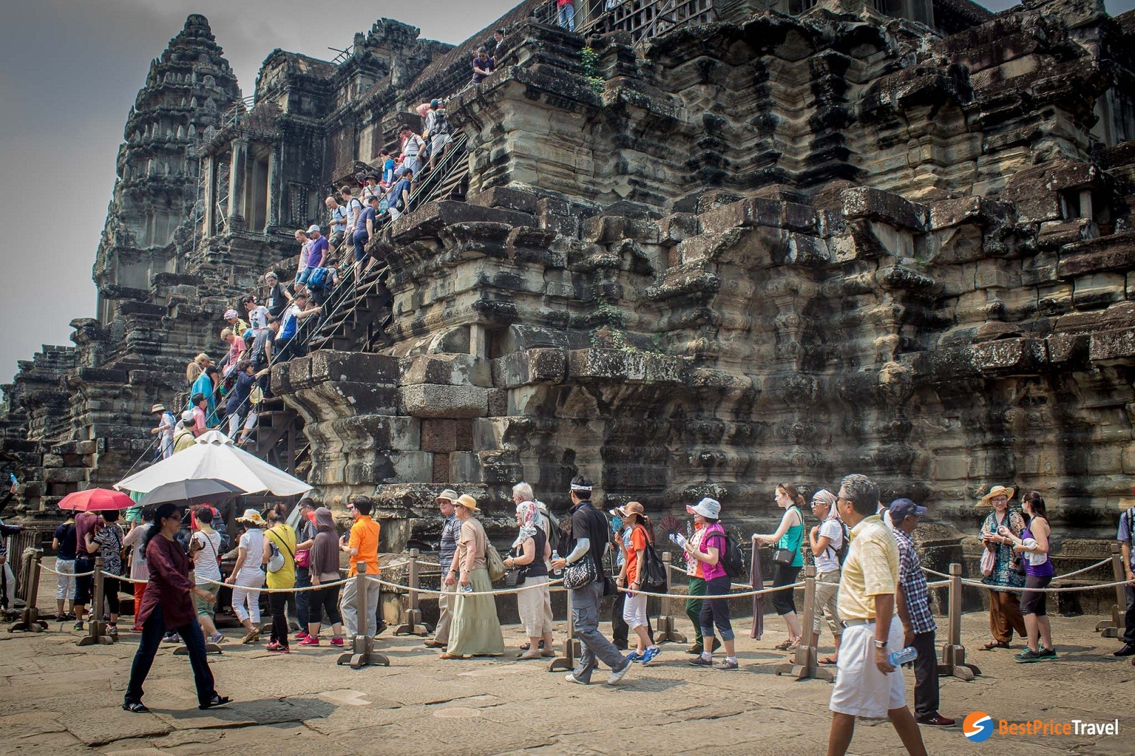 the largest religious temple in the world, Angkor Wat