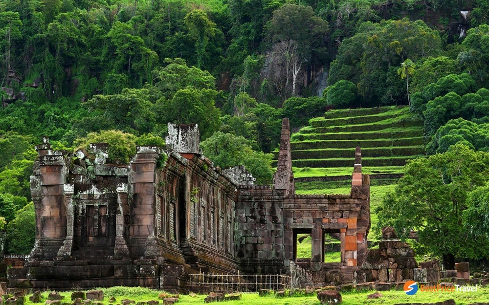 Vat Phou - one of the most mysterious places in indochina