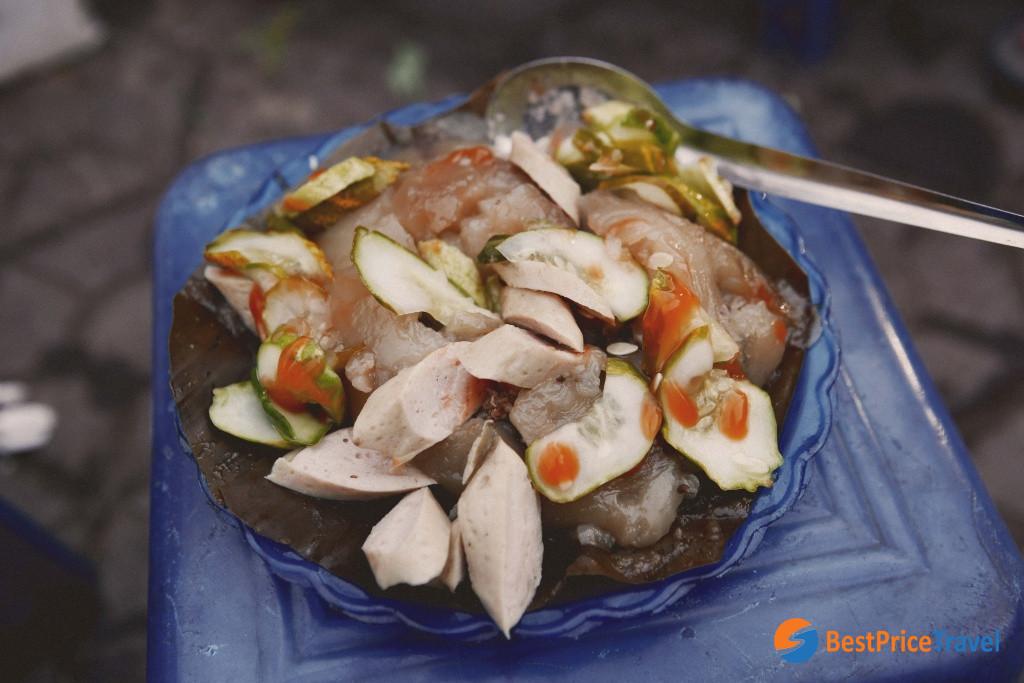 Pyramidal Rice Dumpling - Must-Try Vietnamese Food